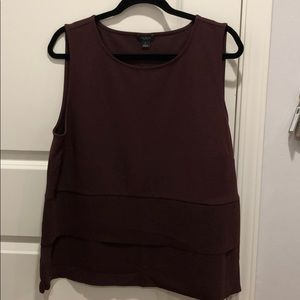 Wine colored work top